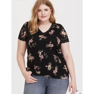 NEW Torrid Floral Lace TOP V-Neck Stretch Tee